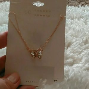 Nwt Lauren Conrad rose gold Crystal necklace